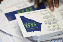 Voluntarios explican a la comunidad de Orange la importancia de participar en el censo 2020