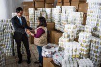 Presidente interino de Venezuela entregó el primer cargamento de la ayuda humanitaria