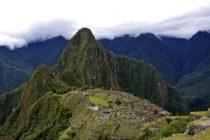 Turistas que causaron destrozos en Machu Picchu enfrentarán a las autoridades peruanas