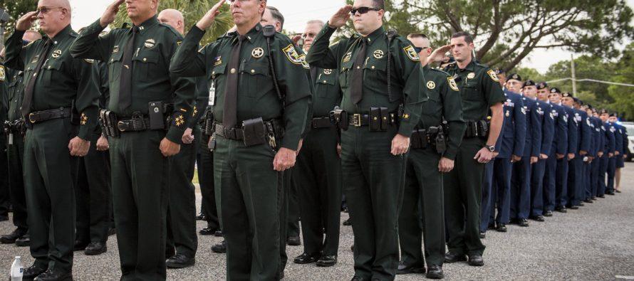 Guardias de prisiones de Florida asumen un nuevo papel: Agentes de ICE en control de inmigrantes indocumentados