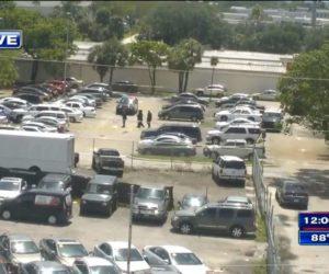 Hombre fue asesinado a tiros afuera de la oficina de libertad condicional de Miami Gardens (Video)