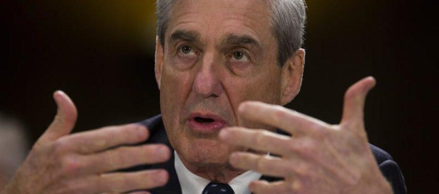Mueller acusa a Manafort de manipular a testigos y pide mandarlo a prisión