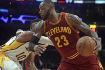 LeBron James decide moverse por su cuenta en la NBA