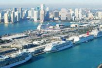 Avioneta se estrella en el Puerto de Miami