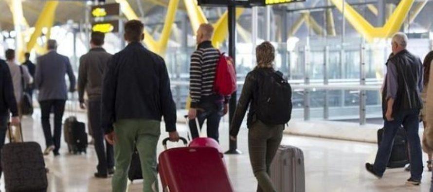 Florida restringe a los viajeros procedentes de zonas altamente contagiadas