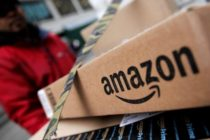 Adornos navideños de Auschwitz fueron retirados de Amazon