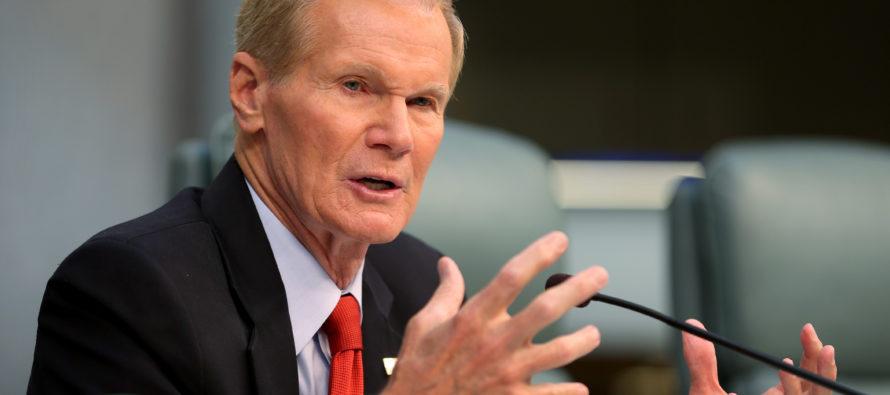 Bill Nelson pidió al gobernador Rick Scott renunciar a cargos públicos durante el recuento de votos