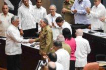 Raúl Castro presidió primera reunión para reformar la Constitución de Cuba
