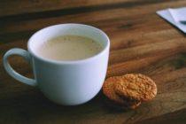 Aprende a hacer leche con espuma para el café con este sencillo truco