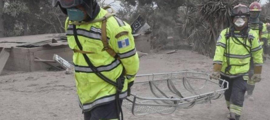 Reanudan búsqueda de 192 desaparecidos por erupción del volcán en Guatemala