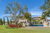 Ex 'Undercover Boss' pone en vente una mansión en Florida en $ 8.6M