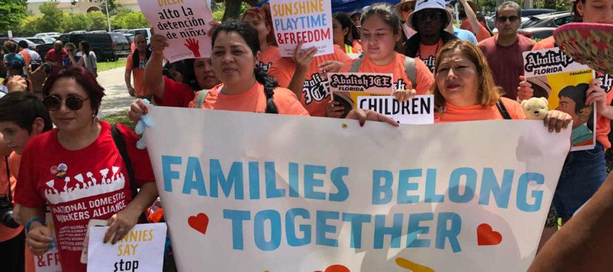 Senadora llevará juguetes a albergue para menores inmigrantes en Florida