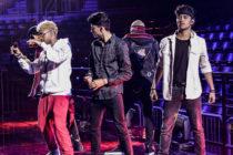 CNCO estrena su videoclip «Se vuelve loca» grabado en Miami