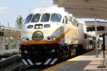 SunRail advierte a usuarios que es peligroso tomarse fotos en las vías del tren