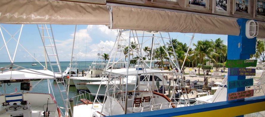 No podrás imaginar el regalito que encontró un pescador en los Cayos de Florida