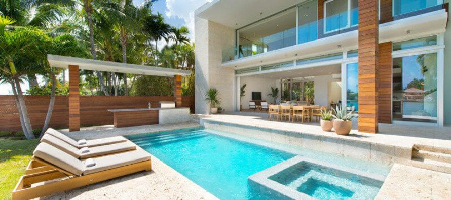 Compradores extranjeros de Latinoamérica impulsan ventas de casas de lujo