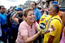 Académicos venezolanos: Gobierno mantiene políticas que nutren la hiperinflación