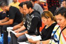 Lorraine E. Pérez: Nueva medida penaliza a inmigrantes que usen ciertos beneficios públicos