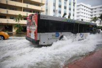 Aumento del nivel del mar podría hundir economía del sur de la Florida