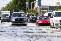 Lluvias generan inundaciones y no calman ola de calor