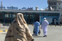 Ataque suicida reivindicado por el Estado Islámico tras la llegada del vicepresidente Dostum dejó 15 muertos en Kabul