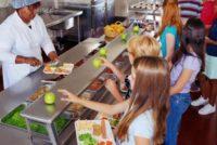 Escuelas públicas de Miami-Dade brindarán alimentación al final de la jornada escolar