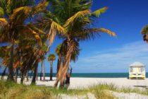 Departamento de Salud de Florida pide no bañarse en playa Crandon North Beach