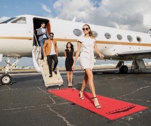 Según demanda: Kim Kardashian fue utilizada por una compañía aérea de Florida para engañar a clientes