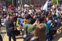 Sin problemas se celebró marcha en defensa de los derechos civiles de los blancos frente a la Casa Blanca