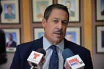 Comisionado Díaz pidió restaurar propinas en restaurantes del Aeropuerto de Miami