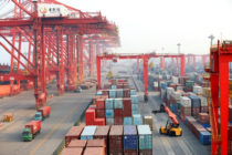 China respondió a EE UU con 25% extra de aranceles a importaciones