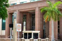 Congresistas de Florida quieren eliminar ley de defensa personal