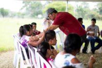 Arjona ayuda damnificados del Volcán Fuego