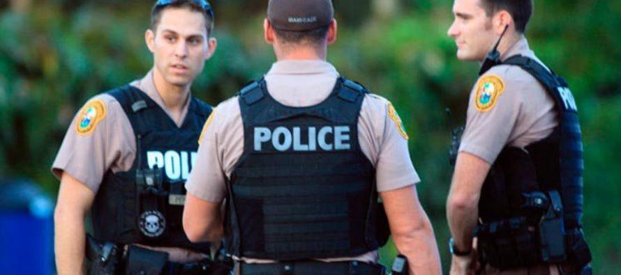 Arrestan a un hombre por amenazar a una pareja de ancianos con una tubería