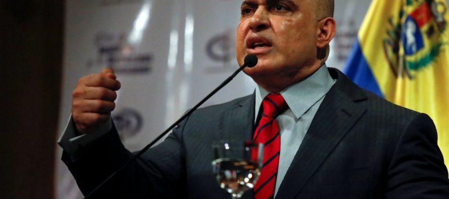 El titubeo de Tarek William Saab cuando le preguntaron: ¿Por qué no detienen a Guaidó? (Video)