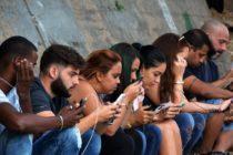 Cubanos escépticos ante la tercera prueba gratis de ETECSA