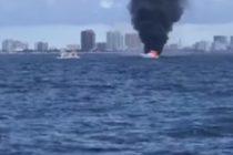 Dos personas se salvan tras el incendio de dos barcos en Miami-Dade