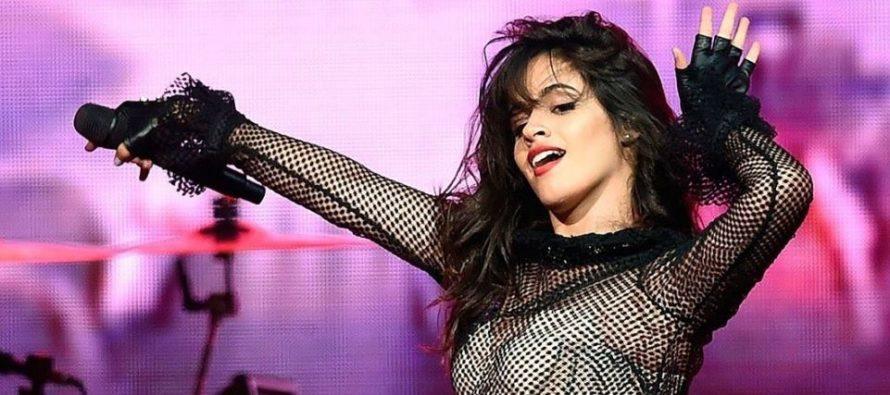 ¡Sorpresa! Camila Cabello culminó su «Romance» y decidió celebrarlo