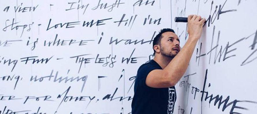 Camilo Rojas: artista multidisciplinario que apuesta por la creatividad joven para cambiar al mundo
