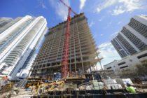 Plataforma electrónica agilizará el proceso de permisos para construcción en Miami