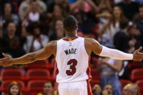 Dwyane Wade tuvo grandes despedidas en Chicago y Milwaukee (Videos)