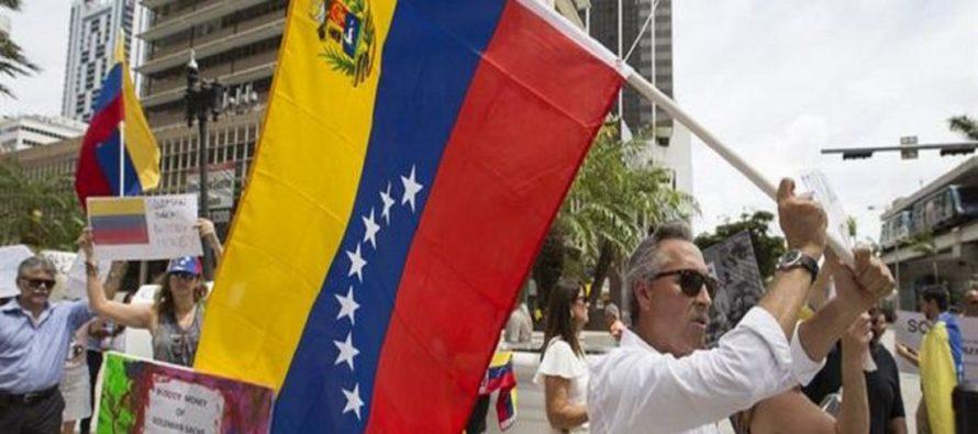 Exiliados venezolanos apoyan sanciones impuestas por EEUU a altos funcionarios del régimen de Maduro
