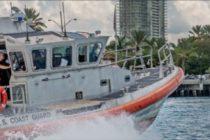 De un bote que se hundía en Biscayne Bay rescatan 7 personas