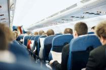 ¡INCREÍBLE! Pilotos de avión se olvidan del botón de presión causando hemorragia nasal a bordo