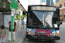 Policía encontró a anciana perdida en un bus de Miami Beach