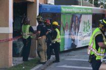 Choque de Metrobús contra tienda de ropa en Little Haiti deja 10 heridos