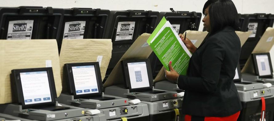 Falta de boletas de votante ausente afecta a jóvenes y demócratas en Florida