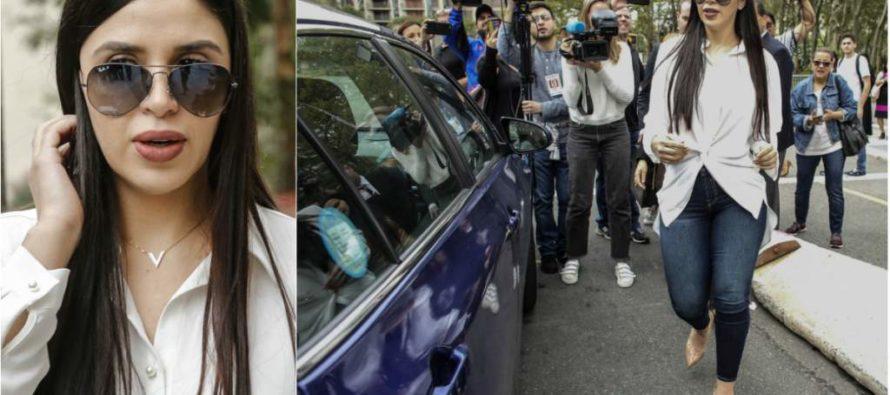 Esposa de El Chapo Guzmán en la mira de los reporteros