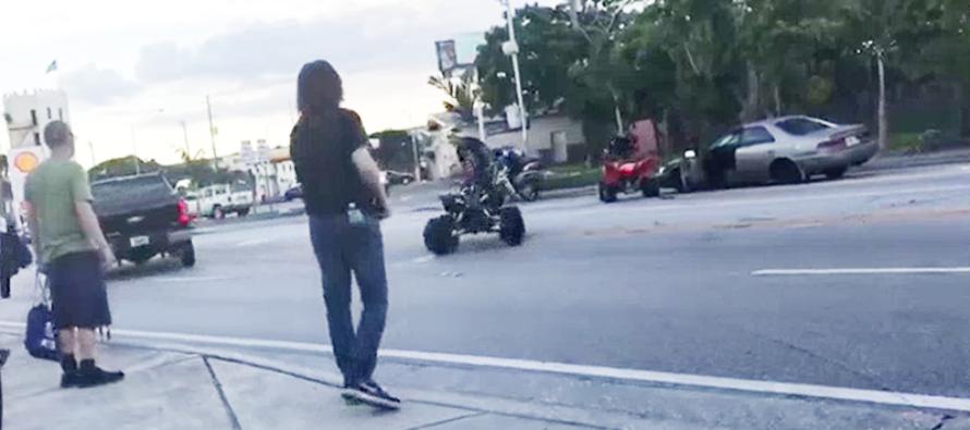 Grupo de motorizados dispara y agrede a conductor en plena vía pública de Miami