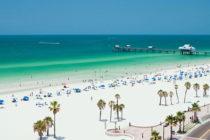 Florida reimpulsa su oferta turística a medida que las playas se liberan de la marea roja